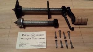 High quality safety locking lathe centres.